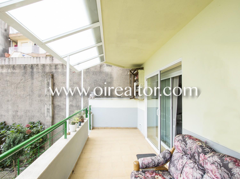 Красивая квартира для продажи с садом 400м2 в Бланесе, Коста Брава