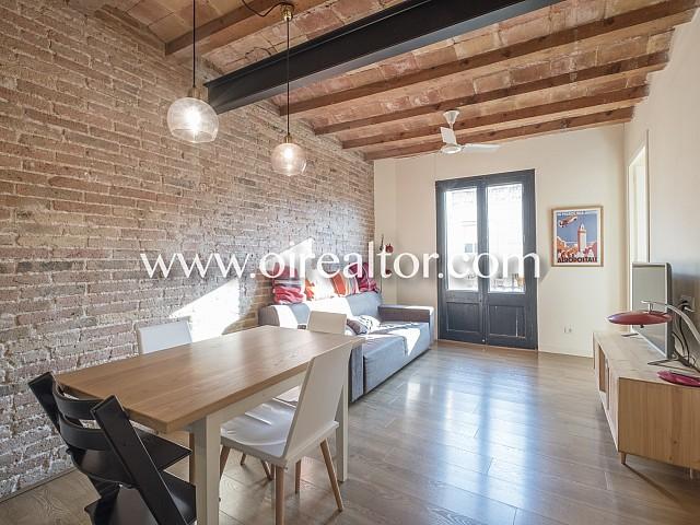 Espléndido piso en venta alto y soleado en Poble Sec, Barcelona