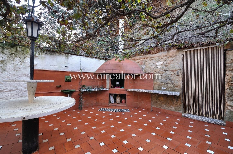Casa unica en venta en marti pujol badalona con gran for Casa jardin badalona