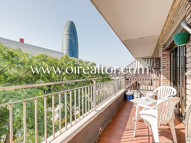 Geräumige und helle Wohnung in Les Glories, Barcelona