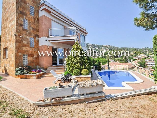 Luxosa casa amb apartament separat a Lloret de Dalt a només 8 minuts del centre de Lloret de Mar