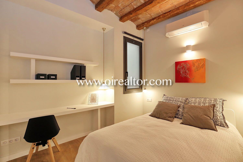 Acogedor piso en venta reformado de dise o en poble sec - Pisos diseno barcelona ...