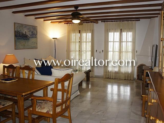 Fantástica casa adosada en venta en la Milla de oro de Marbella