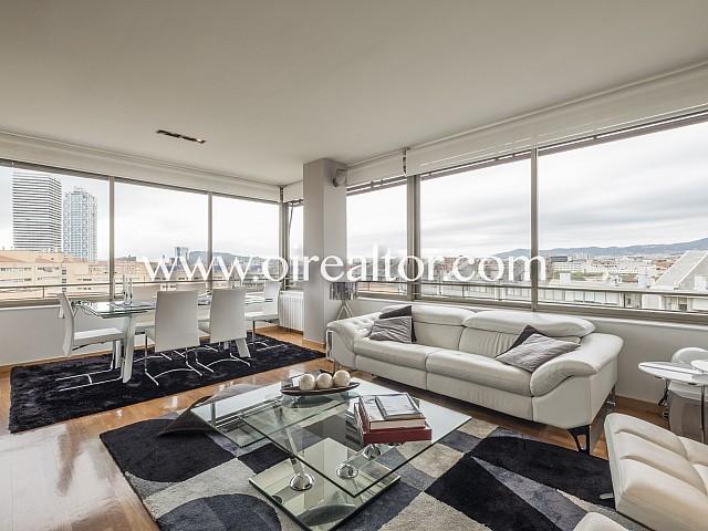 Hervorragende und total renovierte Wohnung zum Verkauf in Villa Olimpica, Barcelona