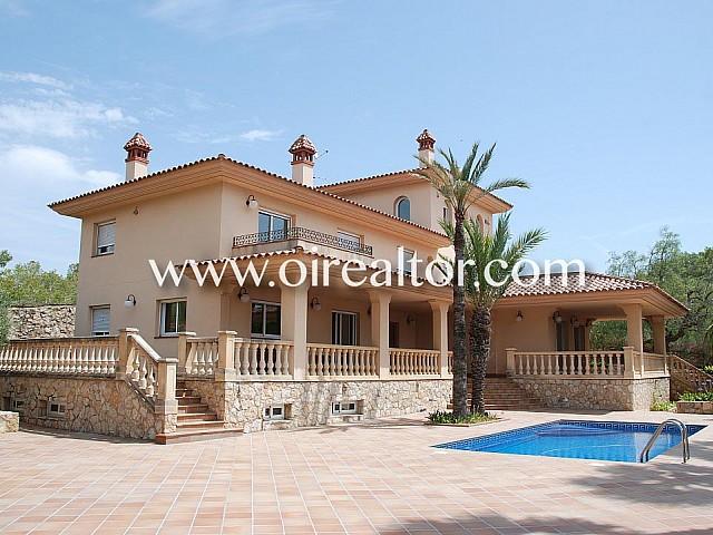 Gran villa mediterránea en venta próxima a las playas de Tarragona
