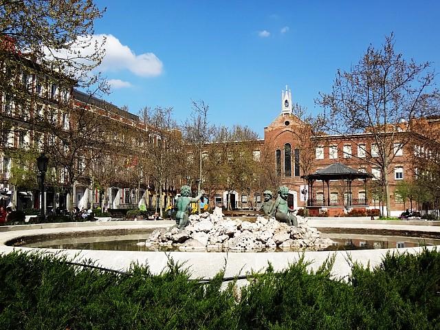 Продается здание в центре Шамбери, Мадрид