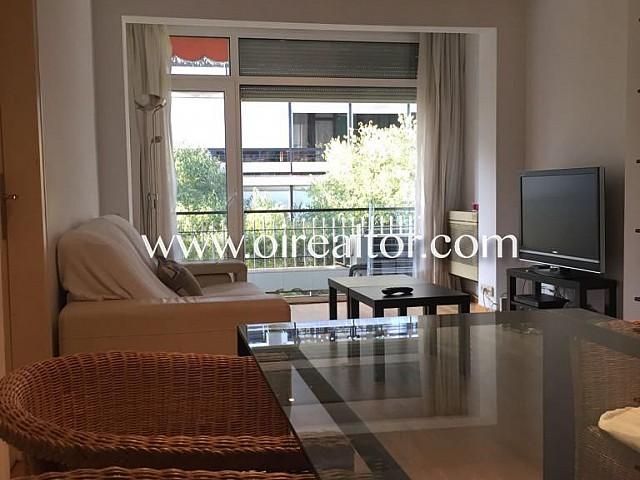 Fantastische externe Wohnung zum Verkauf bei Francesc Macià, Barcelona