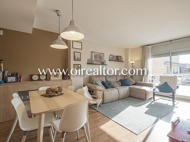 Soleado piso en venta de obra semi-nueva en Porta, Barcelona