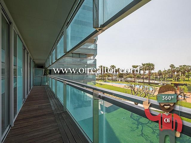 Lujoso y cómodo piso en venta en primera línea de mar en Diagonal Mar, Barcelona