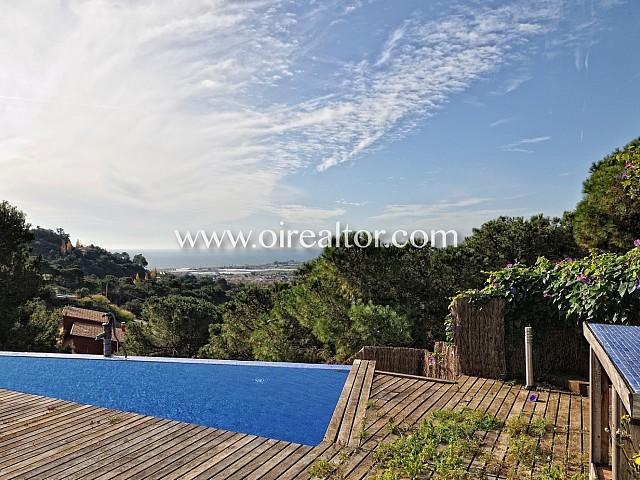 Exclusiva casa de ensueño en venta en Santa Susanna, con espectaculares vistas al mar