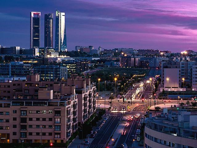 Dos edificios de oficinas en venta para invertir en el eje de expansión de Madrid