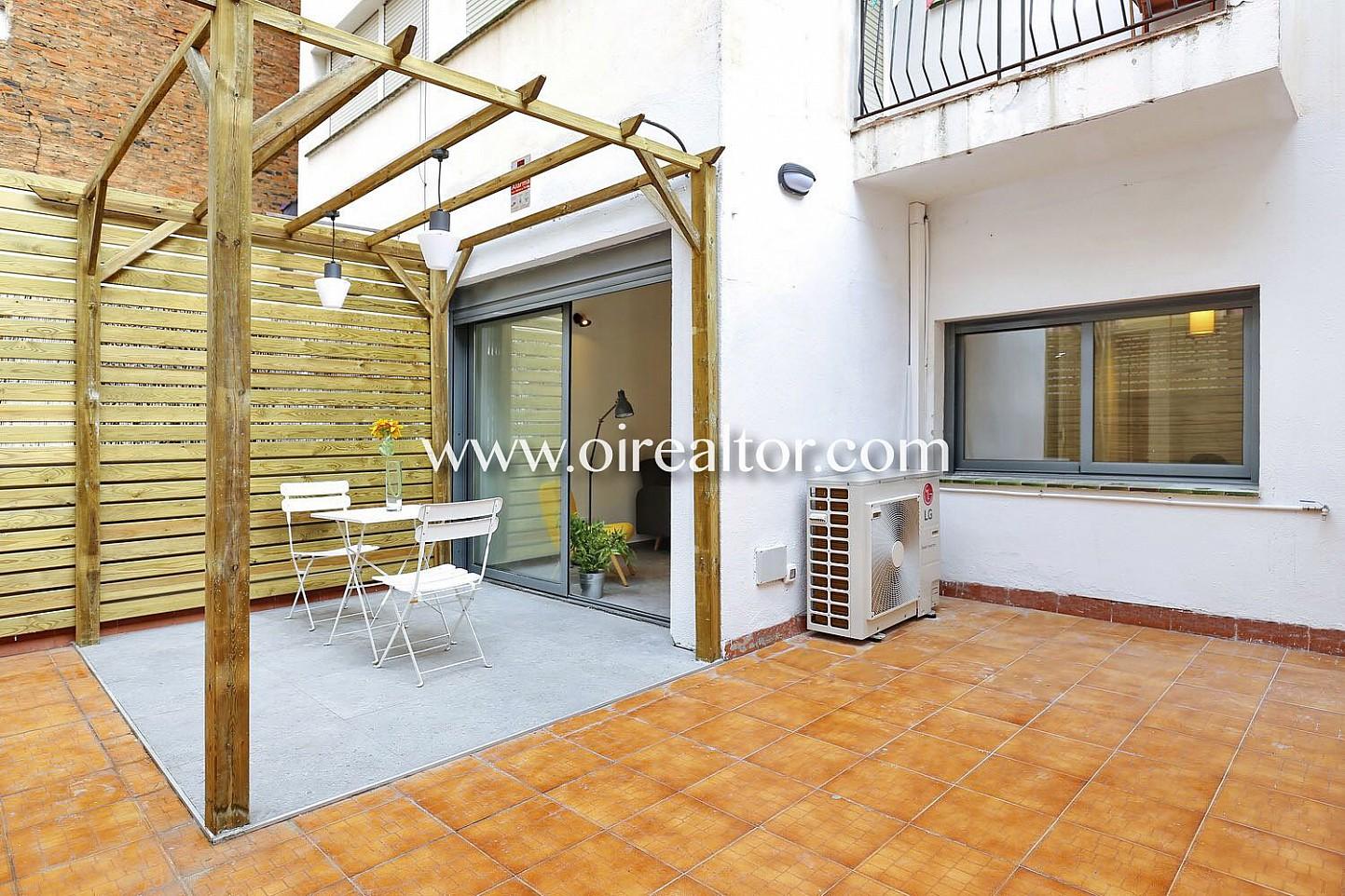 Piso en venta con terraza a estrenar y parking en poble for Piso wellington barcelona