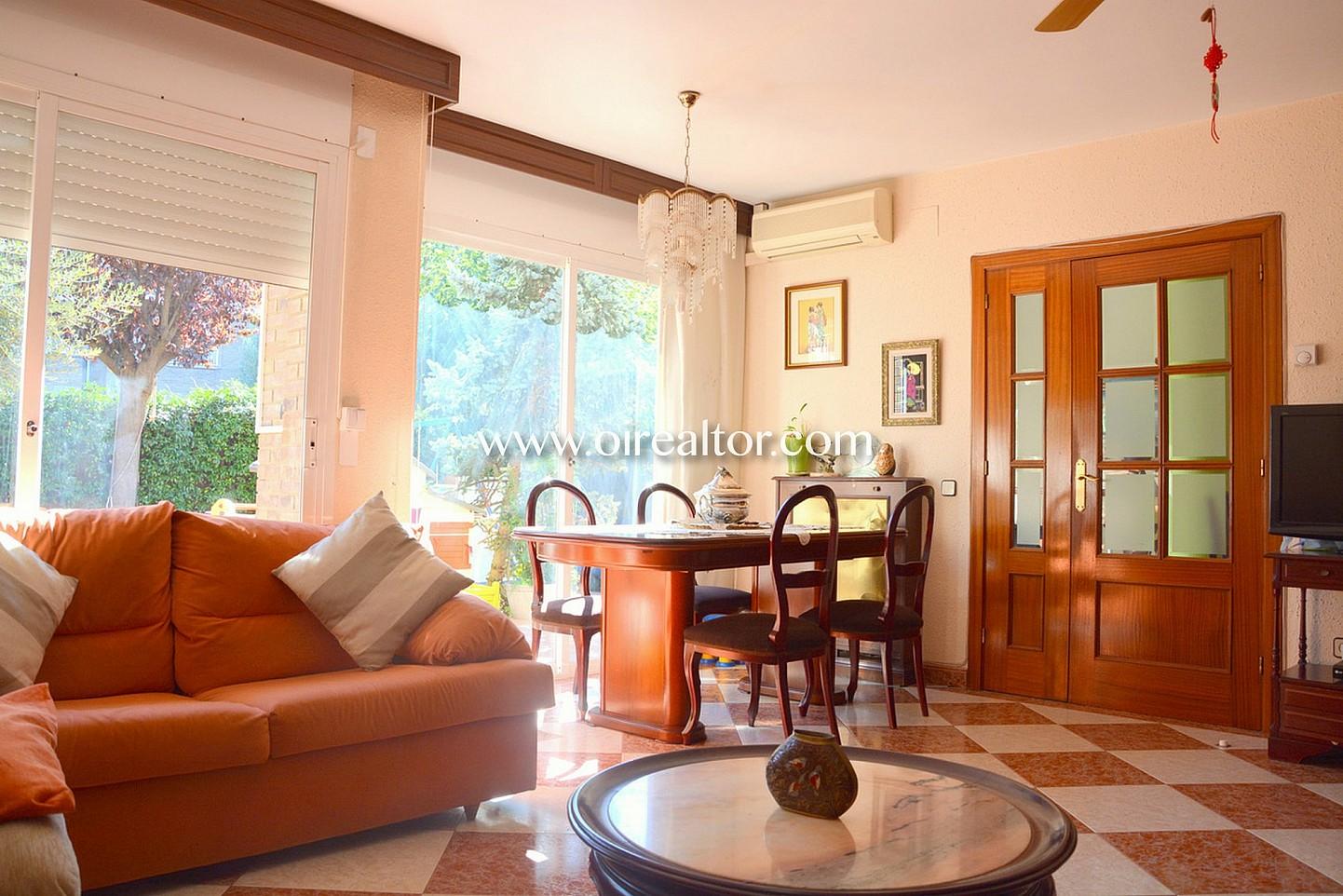 Muebles barbera del valles cheap mobiliario de oficinas mesas de trabajo y ventanas with - Muebles barbera del valles ...
