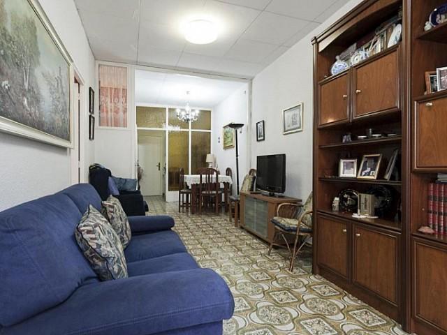 Agradable piso en venta en Lancaster, El Raval, Barcelona