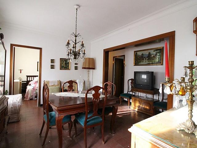 Apartment for sale to reform in Sant Martí, Barcelona
