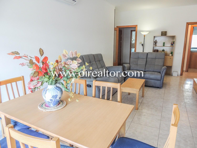 Семейная квартира для продажи, в очень востребованном центральном районе, в Льорет-де-Мар, Коста-Брава.