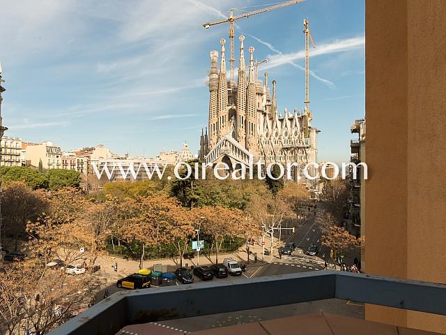 Excelente piso en venta con vistas a Sagrada Familia, Barcelona