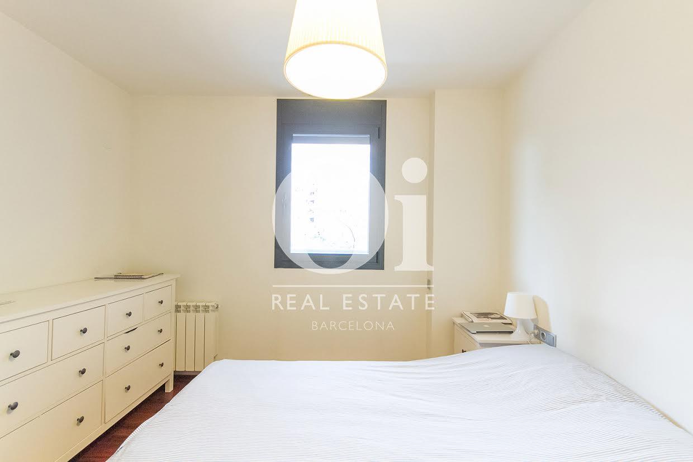 Dormitorio de matrimonio de piso en venta en zona Diagonal Mar, Barcelona