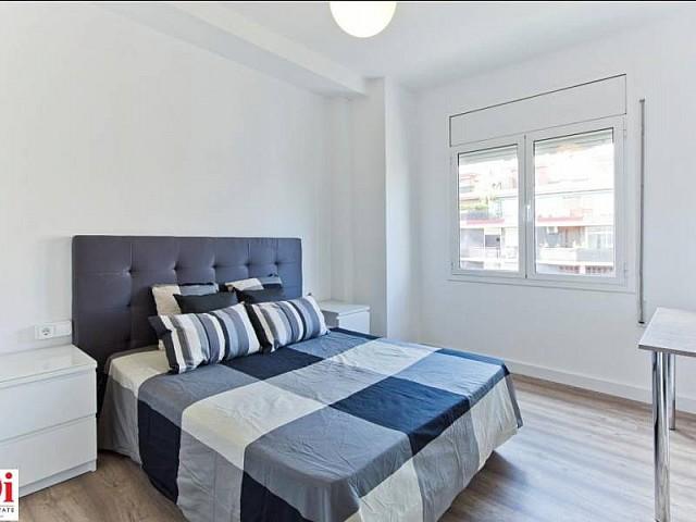 Heller Schlafbereich in Luxus-Wohnung zur Miete im Viertel Eixample Esquerra in Barcelona
