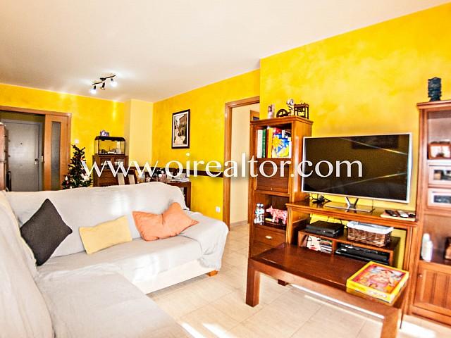 Espacioso piso de cuatro habitaciones en venta en Fenals , Lloret de Mar