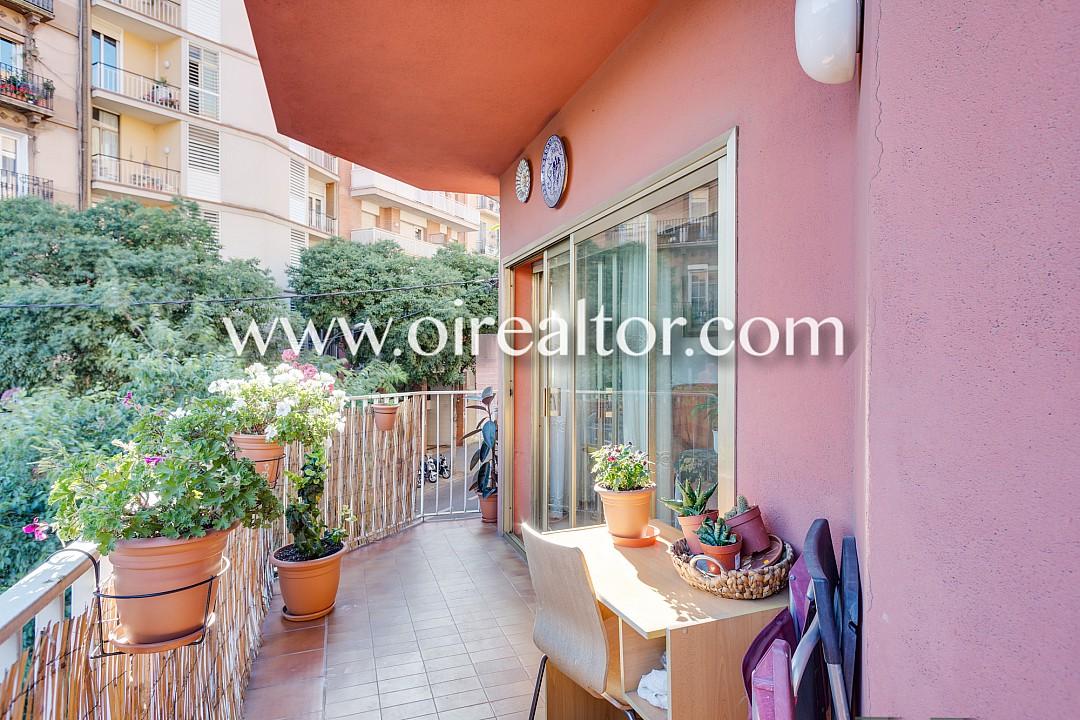 Luminoso piso a dos calles de sagrada familia barcelona for Piso sagrada familia malaga