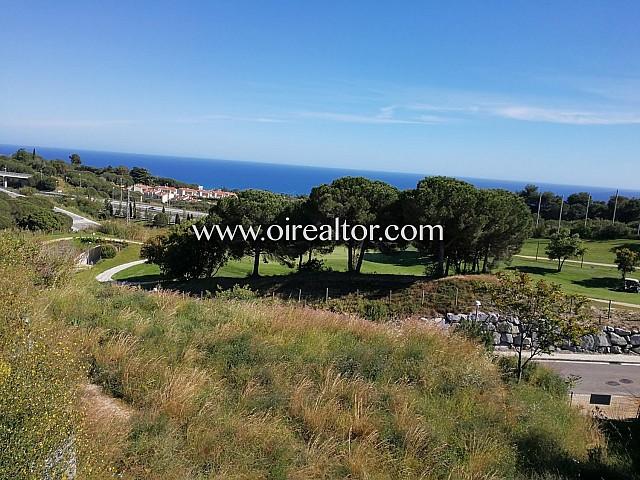 Excelente parcela plana en venta en el Golf de Sant Vicenç de Montalt, Maresme