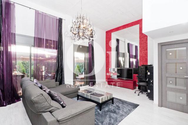 Sala de estar de piso en venta en zona Poblenou, Barcelona