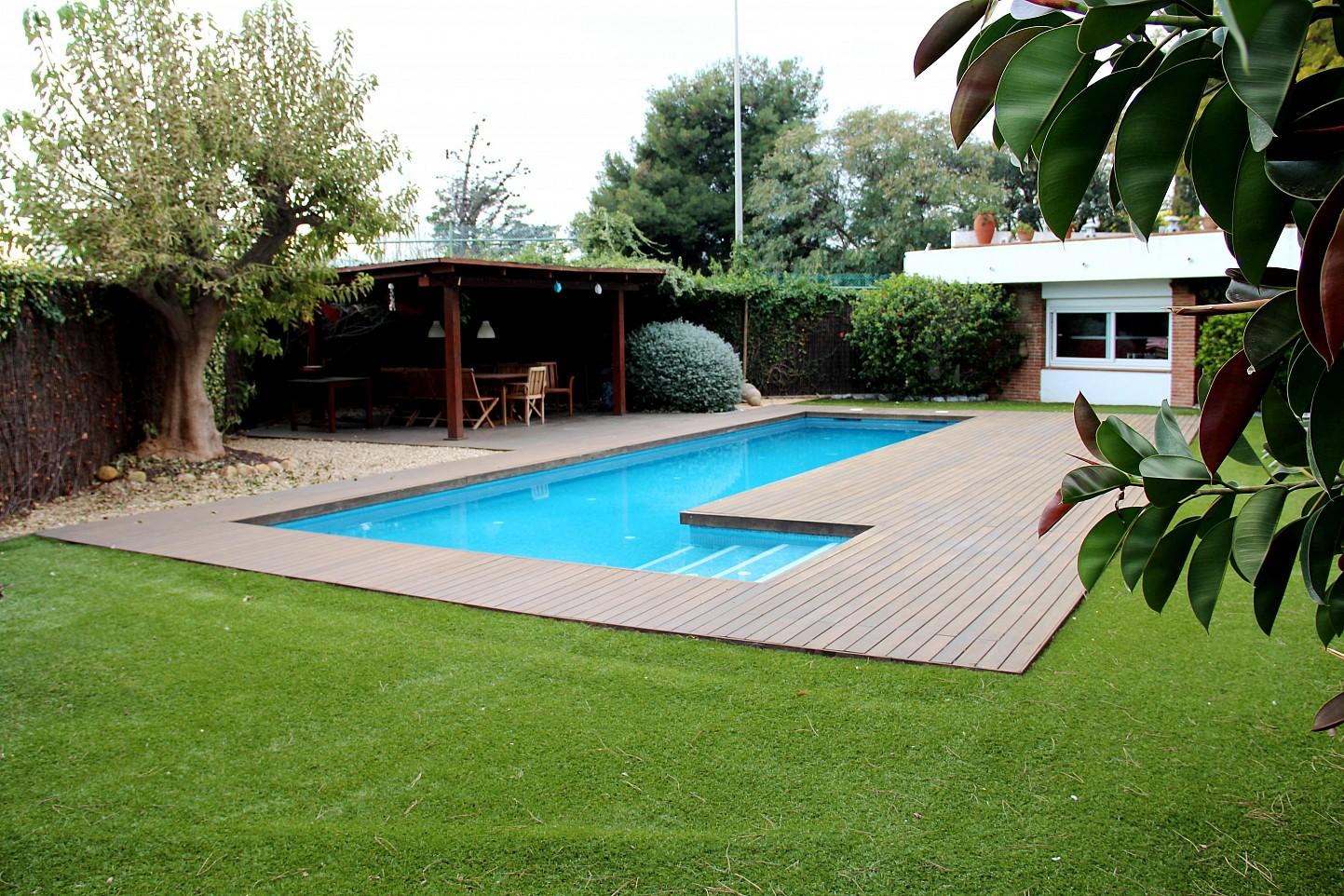 Casa en venta en el masnou oi realtor for Piscina masnou
