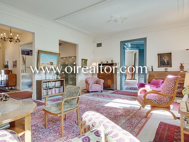 Superbe appartement, tout extérieur, dans l'exclusif Quadrat d'Or de Barcelone