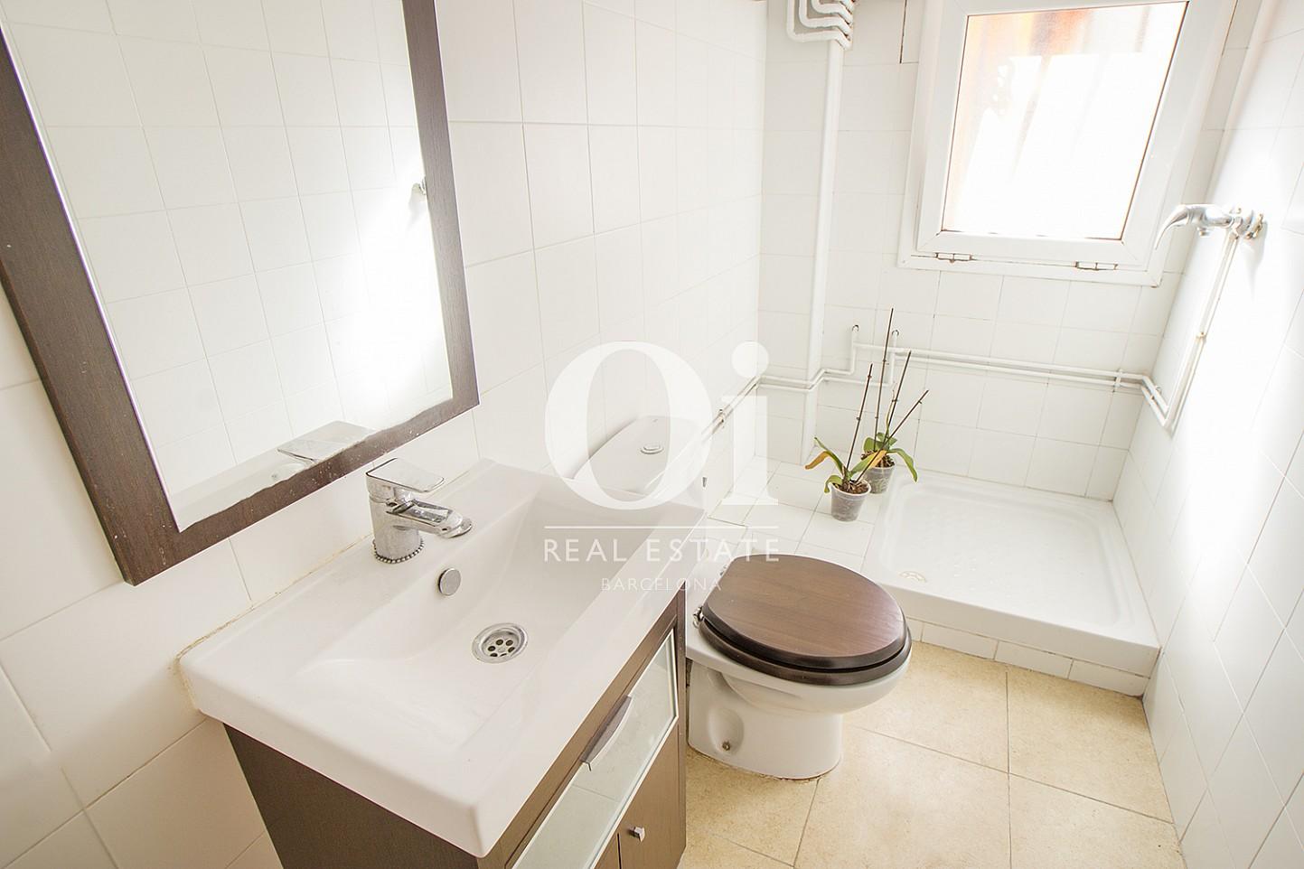 Baño de piso dúplex en venta en Poblenou, Barcelona