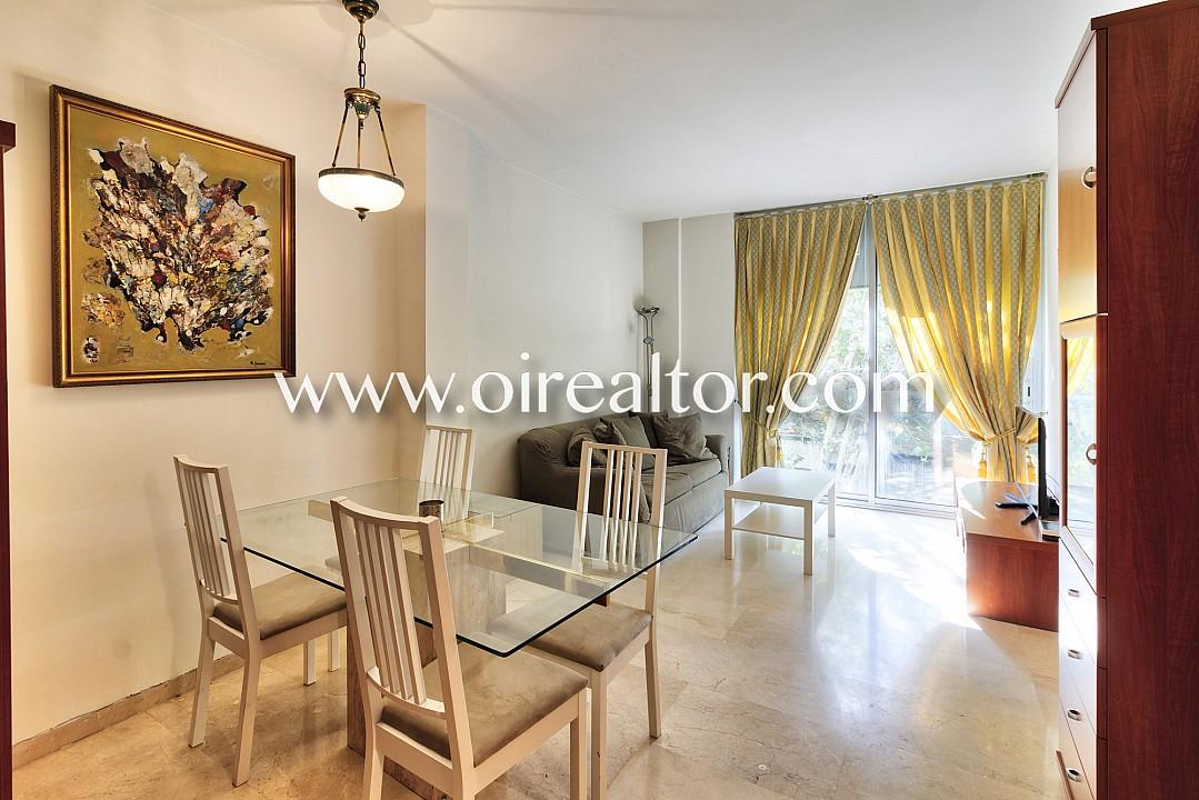 fant stico y soleado piso en venta en sagrada familia barcelona oi realtor. Black Bedroom Furniture Sets. Home Design Ideas