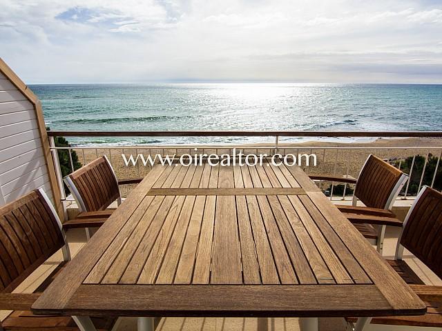 Maravilloso apartamento en primera línea de Mar, en venta en el exclusivo Paseo de la Musclera, Arenys de Mar
