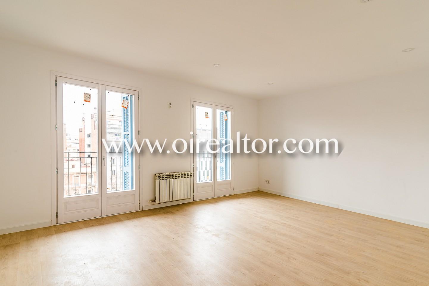 Magn fico piso alto y soleado en venta con terraza en - Piso eixample barcelona ...