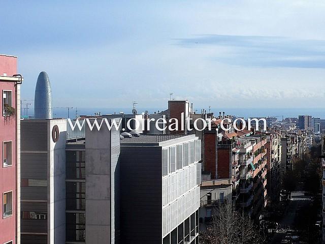 Totally exterior apartment for sale in Sagrada Familia, Barcelona