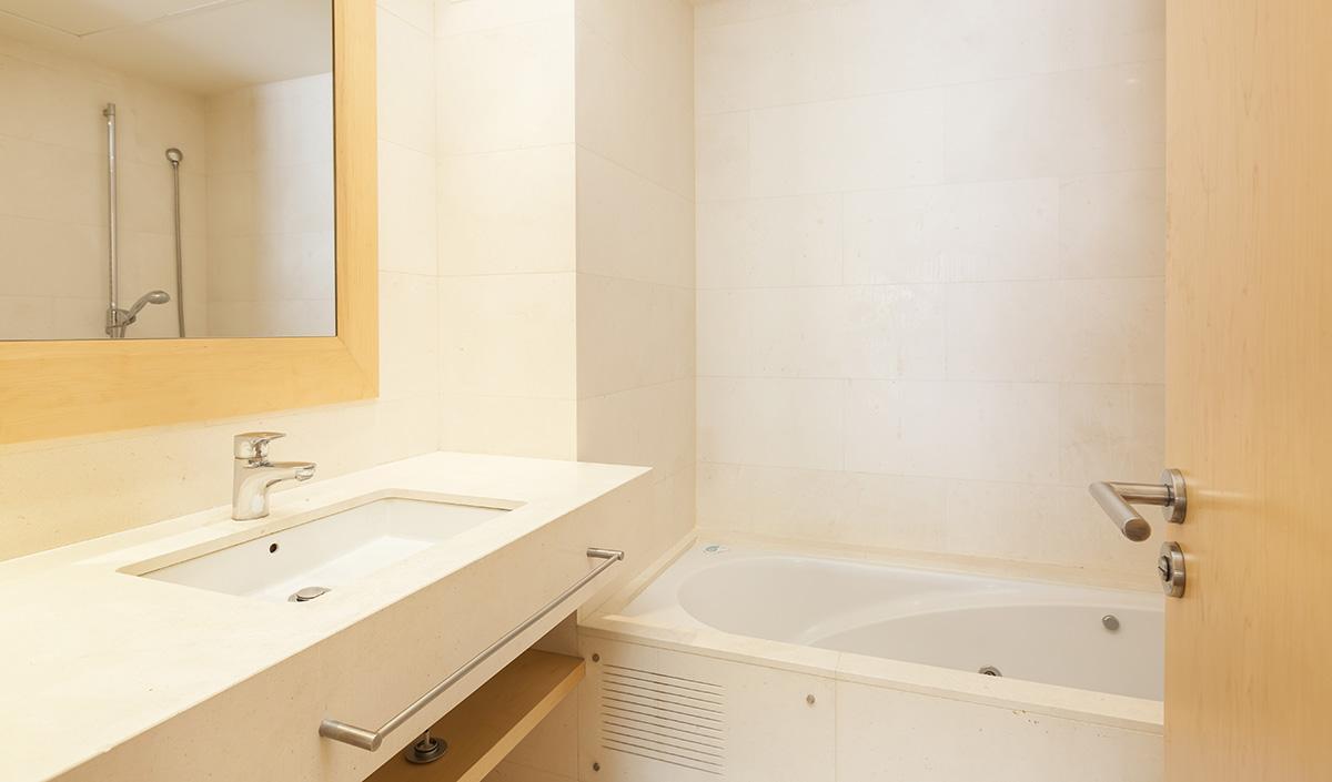 Excelente piso en alquiler en galvanyi barcelona oi realtor - Alquiler piso amorebieta ...