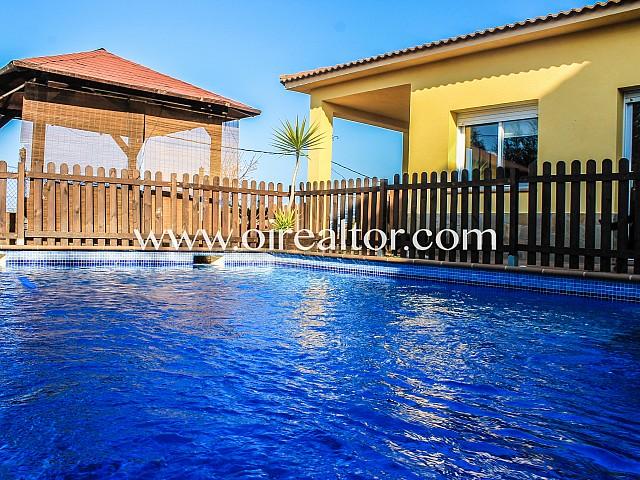 灿烂的房子在托尔德拉,巴塞罗那出售