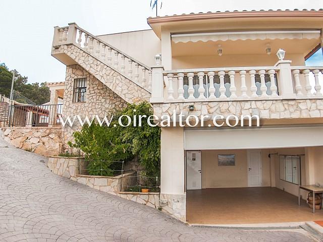 Atractiva casa en venta, con impresionante vista al mar en Lloret de Mar, Girona
