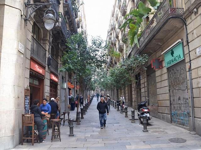 Gebäude zum Verkauf neben der Plaza Catalunya, Barcelona