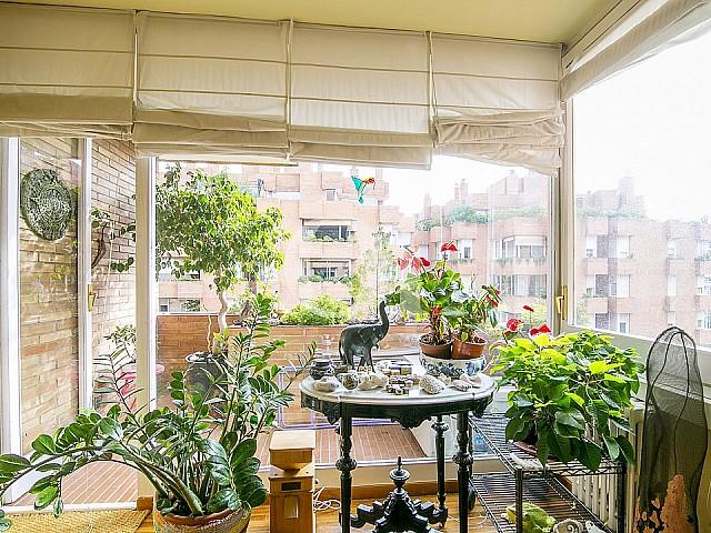 梦幻般的公寓在巴塞罗那萨里亚着名的庄园出售