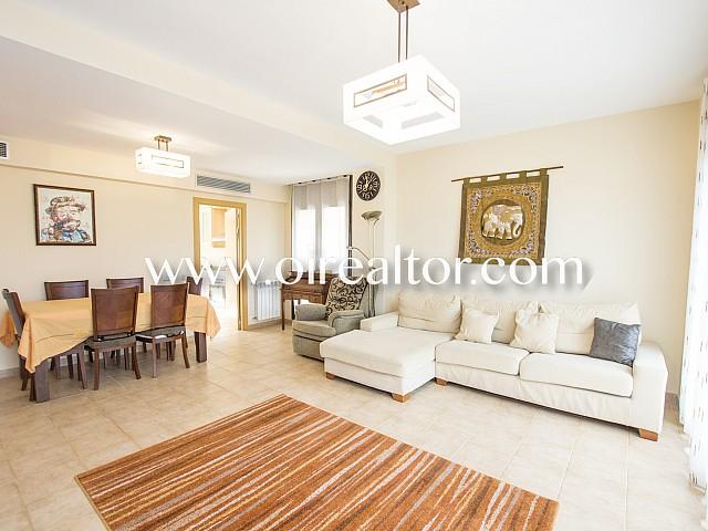 منزل رائع للبيع ، بالقرب من شاطئ Fenals ، يوريت دي مار ، جيرونا