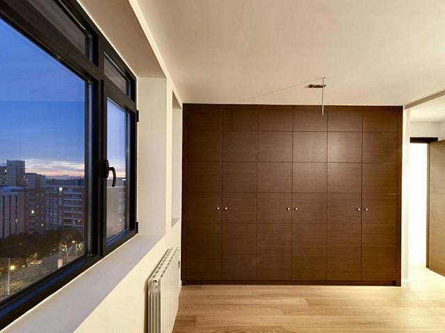 Habitación de piso ático dúplex en Les Tres Torres, Barcelona