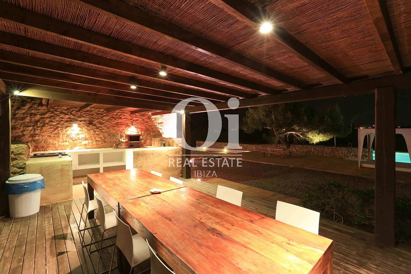 Comedor de verano de casa en alquiler de estancia en Puig d'en Valls, Ibiza