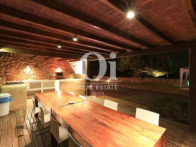 Blick in den Außenbereich der Villa zur Miete Woche, Ibiza