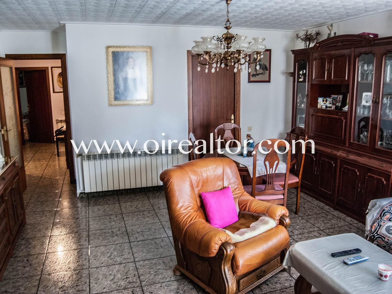 Просторная полностью меблированная квартира для продажи в центре Бланеса