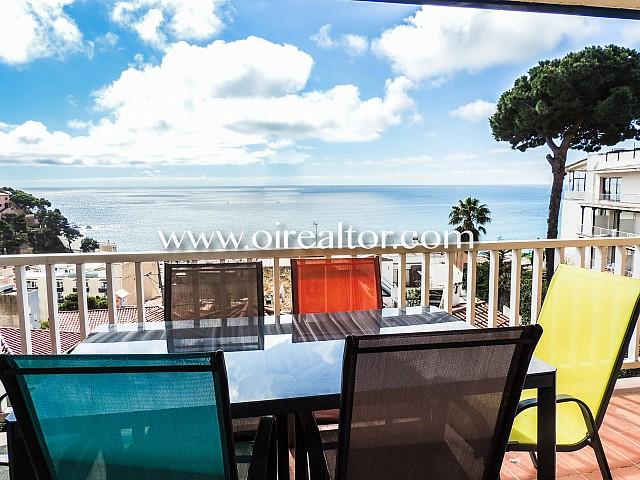 Precioso piso en venta con vistas frontales al mar en Lloret de Mar, Costa Brava