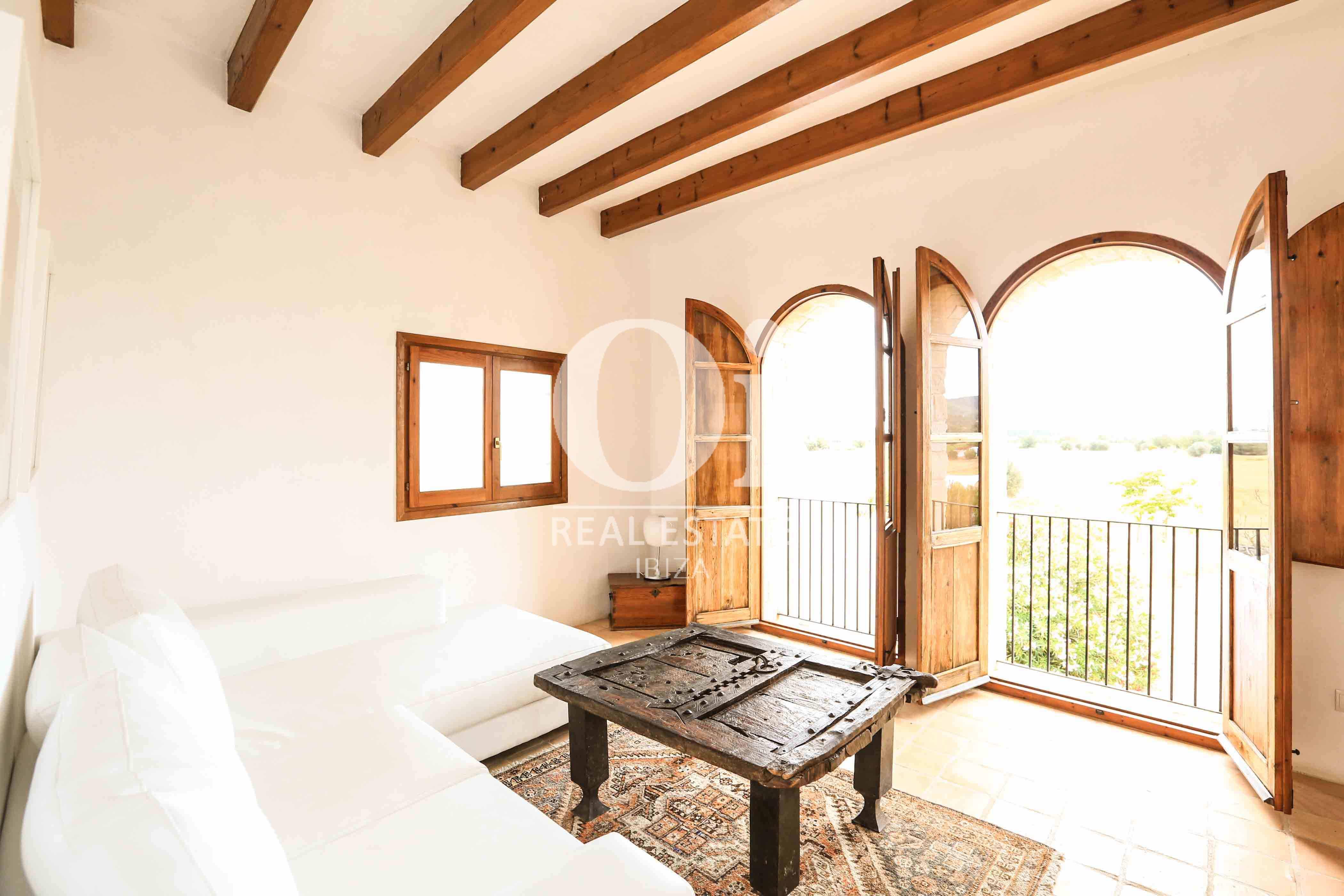 Sala de estar de casa de alquiler de estancia en zona Puig d'en Valls, Ibiza