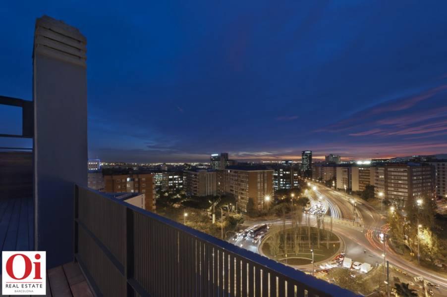 Vistas desde piso ático dúplex en Les Tres Torres, Barcelona