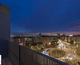 Espectacular ático dúplex con dos terrazas en el barrio de Las Tres Torres, Barcelona