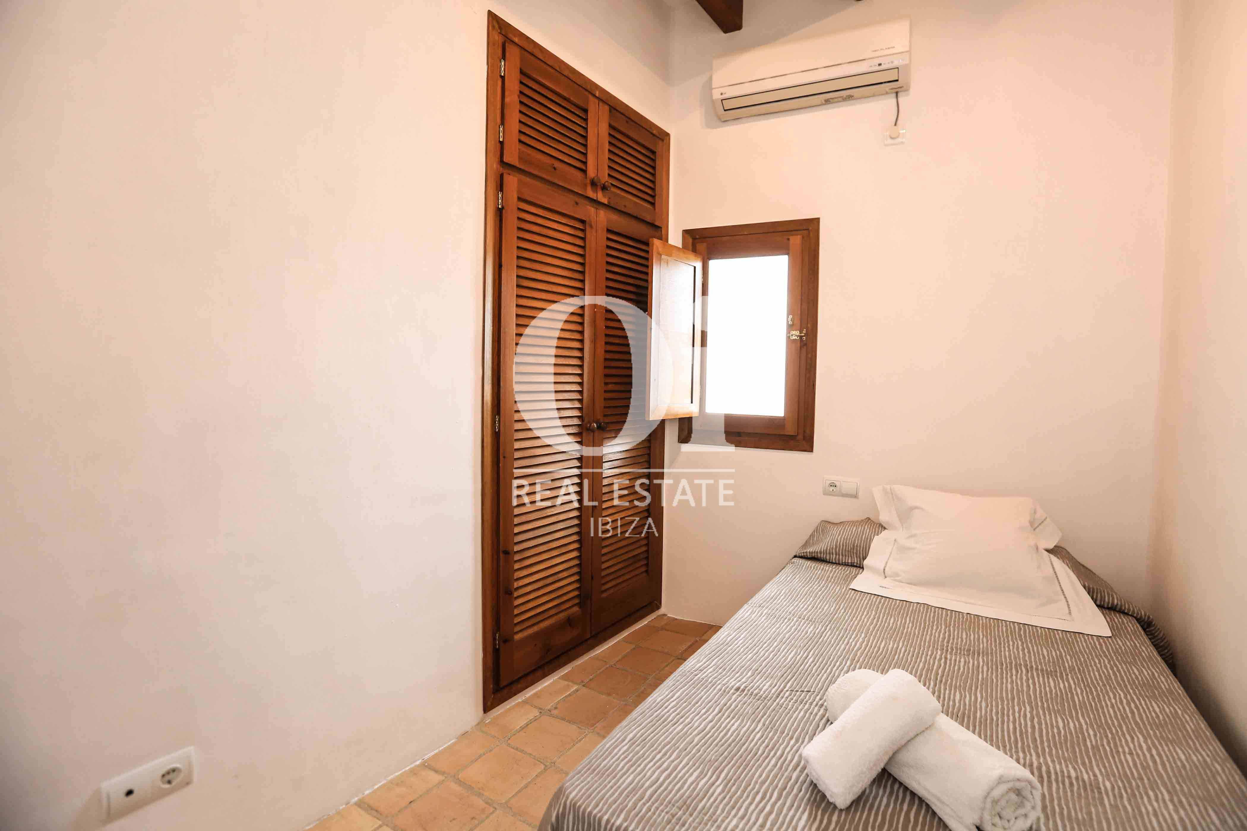 Habitación individual de casa en alquiler de estancia en Puig d'en Valls, Ibiza