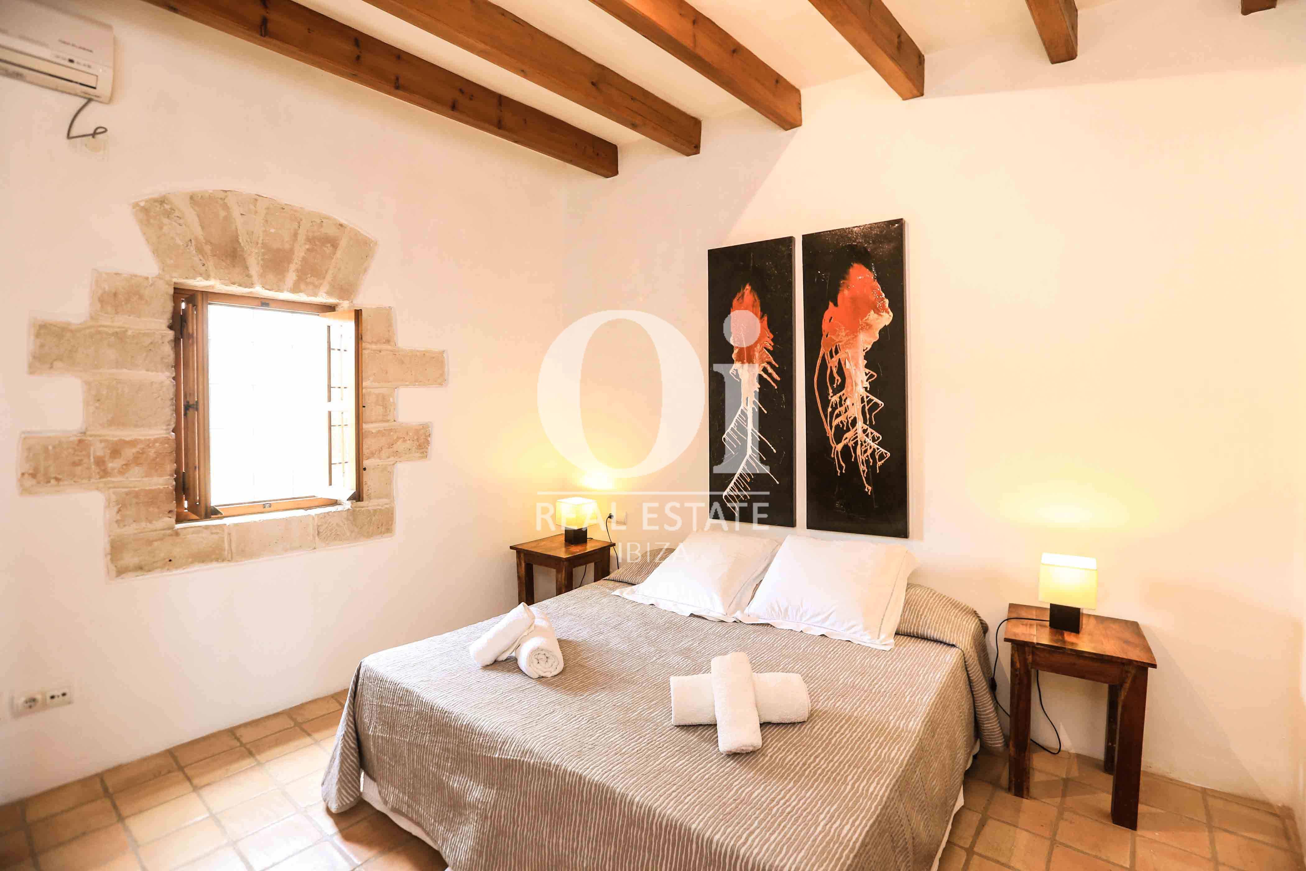 Cuarto doble de casa en alquiler de estancia en zona Puig d'en Valls, Ibiza